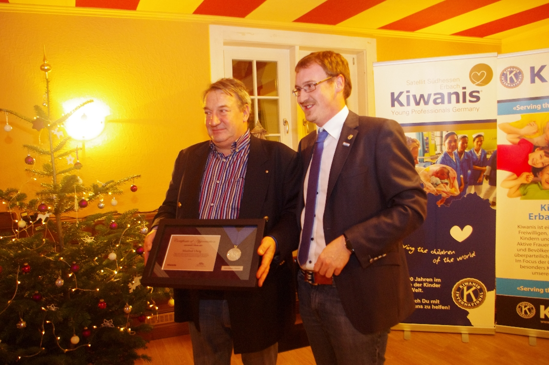 Kiwanis_CentennialAward_Manfred_06